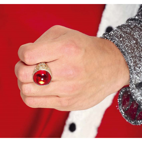 Anillo Dorado con Piedra Preciosa Roja