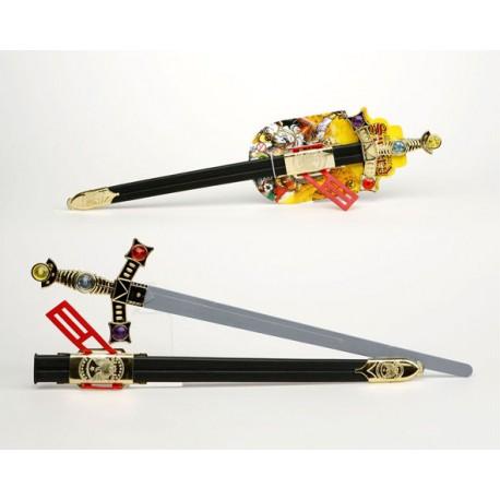 Espada decorada con funda