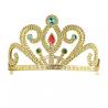 Tiara dorada y decorada