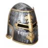 Casco medieval con careta